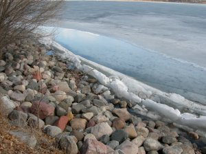 Ice Melting on Lake Calhoun
