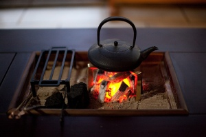Irori - Japanese hearth with tea